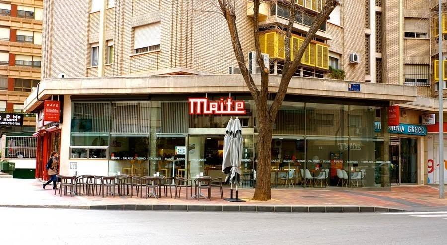 Fachada de la tienda de Maite en la Av Rector José Loustau Murcia